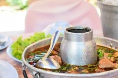 Potenciômetro quente quente e picante do reforço de carne de porco Foto de Stock
