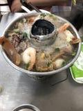 Potenciômetro quente vietnamiano fotografia de stock