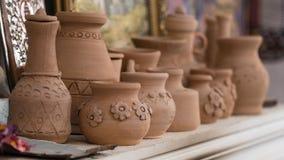 Potenciômetros da arte da argila imagens de stock