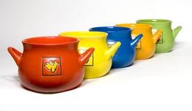 Potenciômetros da cerâmica para a cozinha foto de stock royalty free