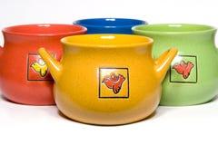 Potenciômetros da cerâmica para a cozinha imagem de stock royalty free