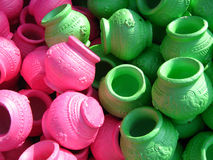 Potenciômetros de argila coloridos Imagem de Stock Royalty Free