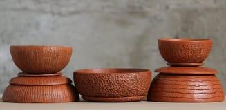 Potenciômetros de argila Textured foto de stock royalty free