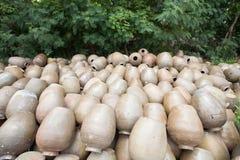 Potenciômetro de argila tailandês imagens de stock royalty free