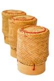 Potenciômetro do arroz pegajoso isolado imagem de stock royalty free