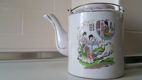 Potenciômetro do chá dos estilos chineses Fotos de Stock