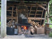 Potenciômetro no forno do tijolo Imagens de Stock