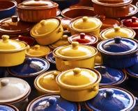 Potenciômetros bebendo asiáticos Fotografia de Stock Royalty Free