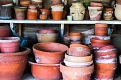 Potenciômetros de argila abundante Imagens de Stock Royalty Free