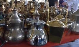 Potenciômetros de cobre brilhantes do café Foto de Stock Royalty Free