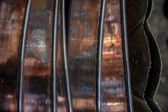 Potenciômetros de cobre brilhantes do café Fotos de Stock