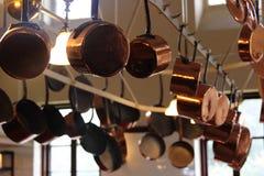 Potenciômetros e bandejas de cobre Imagem de Stock