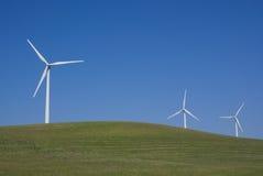 Potencia múltiple que genera los molinoes de viento Fotografía de archivo