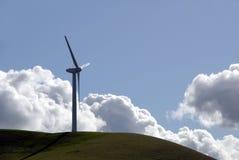 Potencia que genera el molino de viento fotografía de archivo libre de regalías