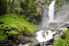 Potenza della natura - cascata Fotografie Stock