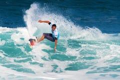 Potenzi di Roy che praticano il surfing nei supervisori della conduttura immagine stock libera da diritti