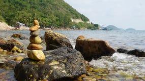 Potere della ritirata di meditazione con le rocce Immagine Stock Libera da Diritti