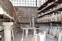 Poterie antique de Pompeii photographie stock libre de droits