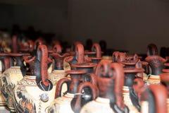 Poterie en tirant des copies des vases au grec ancien Image stock