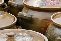 Poterie rustique traditionnelle de Roumanie Photos stock