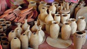 Potes de la granja de la cerámica Foto de archivo libre de regalías