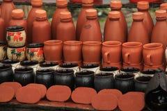 Potes de tierra indios del fango rojo Foto de archivo libre de regalías