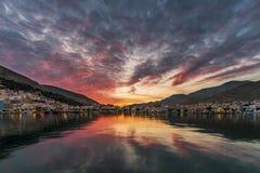 Pothia, Kalymnos par coucher du soleil Photos libres de droits