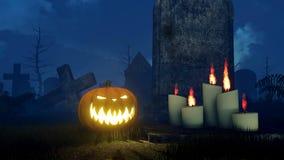 Potiron de Halloween près de vieille pierre tombale la nuit 4K banque de vidéos
