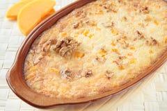 Potiron et riz cuits au four avec des noix Photos stock