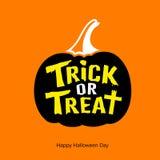 Potiron heureux de noir de message de des bonbons ou un sort de Halloween Photographie stock