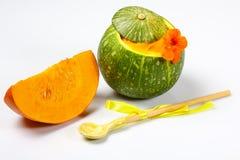 Potiron mélangé crème de légumes d'isolement sur le concept local de produit de culture blanche et saisonnière de récolte Mode de photos stock