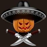 Potiron mauvais pour Halloween dans un sombrero avec des couteaux Image stock