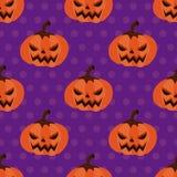 Potiron sans couture de Halloween de modèle avec des points de polka Photo stock