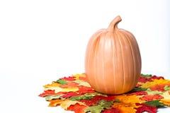Potirons et bougies de Halloween Photos libres de droits