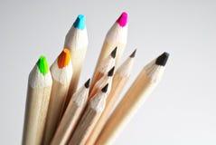 Potloden van verschillende kleuren Stock Fotografie