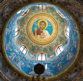 Potlogi, Roemenië - Augustus 12, 2018: Het detail van Koepel het binnenlandse paiting van Heilige Dimitrie Orthodox Church bouwt  royalty-vrije stock foto's