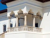 Potlogi slott - balkongdetalj Arkivbild