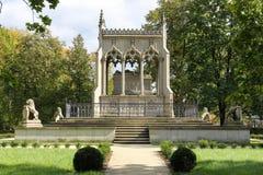 Potocki陵墓。 Wilanow公园。 华沙。 波兰 免版税库存照片