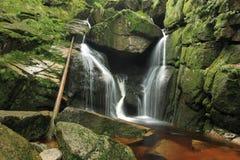Potok de Cerny em montanhas de Jizera Fotos de Stock Royalty Free