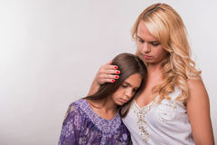 Potomstwa matki i nastolatek córka Obrazy Stock