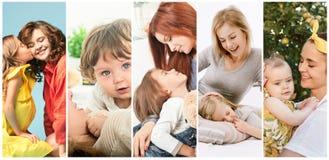 Potomstwo matka, jej mały córki całowanie i przytulenie i obrazy stock