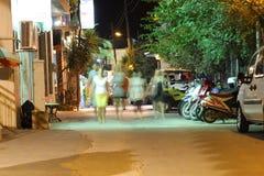 POTOS, ILHA de THASSOS, GRÉCIA - 24 de julho de 2014 tiros da rua na noite com exposição longa Imagens de Stock Royalty Free