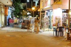 POTOS, ILHA de THASSOS, GRÉCIA - 24 de julho de 2014 tiros da rua na noite com exposição longa Fotografia de Stock