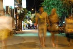 POTOS, ILHA de THASSOS, GRÉCIA - 24 de julho de 2014 tiros da rua na noite com exposição longa Imagem de Stock Royalty Free
