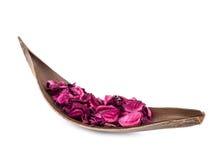 Potpourri cor-de-rosa na decoração de madeira Foto de Stock