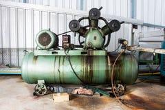 Potrójna butla Odwzajemnia Lotniczych kompresory na przemysle Zdjęcia Stock