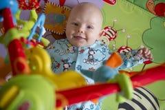 Potrait de bébé garçon photographie stock libre de droits