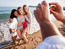 potrait för strandkameratelefon Arkivfoto