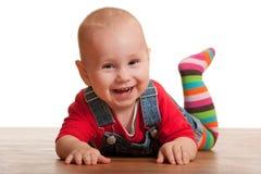 Potrait isolato di un bambino piccolo di risata Fotografia Stock Libera da Diritti