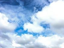 Potrebbe ed il cielo blu nella stagione delle pioggie Fotografia Stock Libera da Diritti
